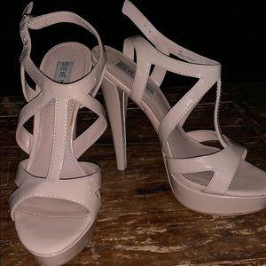 Steve Madden Shoes - Steve Madden Beige Heels